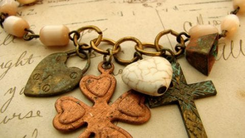 Charm To Send a Thought or Message